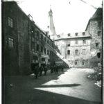 Burg Mylau, Südwest-Flügel vor dem Abriss, um 1907 (Mus. Burg Mylau).