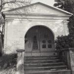 Mylau, Grabmal der Familie Brückner, Foto: Hans Reinecke 1998 (Deutsche Fotothek, df_hauptkatalog_0706030).
